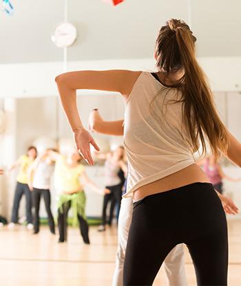 Seminare Tanzkurse Bewegungsstudio Dance Move Events Tanzbewegung Zeitgenössischer Bauchtanz